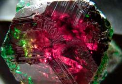 Александрит – разновидности, свойства, история камня