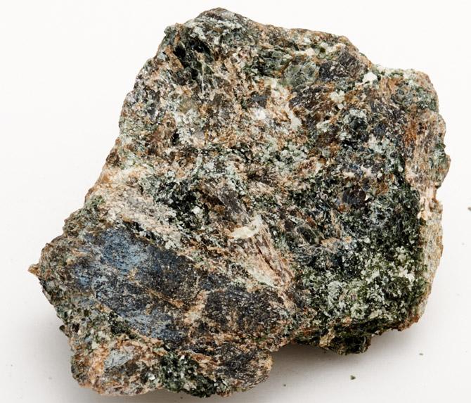 Камень бронзит