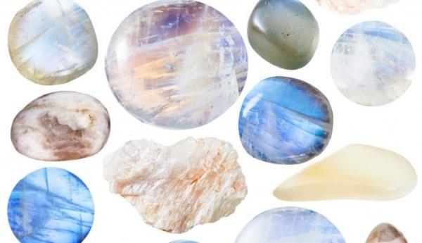 Камни беломориты