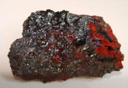 Камень гематит: свойства целебные и магические, разновидности, совместимость со знаками зодиака