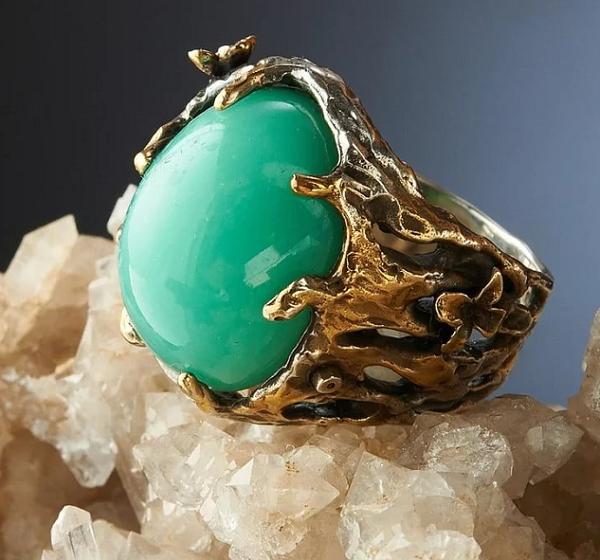 Перстень с хризопразом