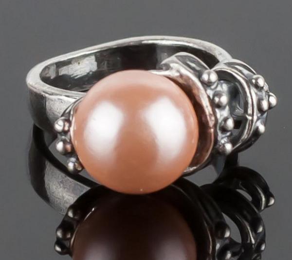 Кольцо с жемчугом Майорка