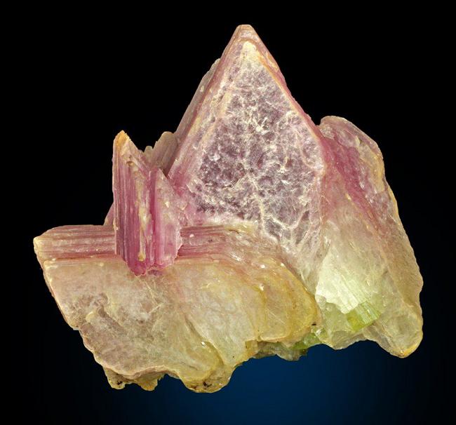 Разноцветный лепидолит