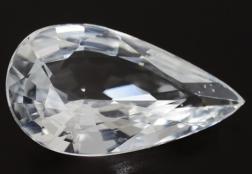 Лейкосапфир: почему его сравнивают с алмазом, его свойства, интересные факты