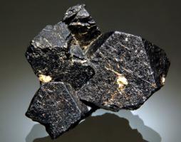 Магнетит — формула минерала, свойства, области применения